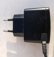 Stecker eines Ladegerätes - Stecker, Strom, Elektrizität, laden