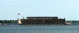 Arche Noah - Arche Noah, Bibel, Altes Testament, Geschichte, Sintflut, Tiere, Paare, Giraffe, Boot, Schiff, Transport, Wasserweg