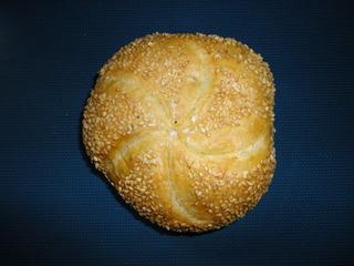 Sesambrötchen - Brötchen, Frühstück, essen, Sesam, Semmel, Kleingebäck