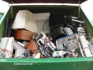 Elektroschrott - Müll, Mülltrennung, Receycling, Müllverwertung, Hausmüll, Wiederverwertung, Rohstoffe, Elektroschrott, Metall, Computer, Monitor
