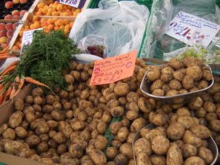 At the market #5 - potatoes, market, fruit, vegetable, market stand, Markt, Verkaufsstand, einkaufen, Kartoffeln