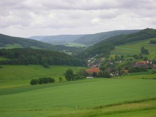 Weserbergland 1 - Weserbergland, Weser, Mittelgebirge, Landschaft, Felder, Wald, Tal, Berge, Erosion