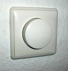 Dimmer - Dimmer, Lichtschalter, dimmen, regulieren, Strom, Elektrizität, Spannung