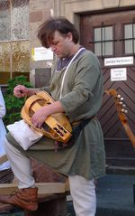Drehleier #2 - Drehleier, Renaissance, alte Instrumente, Radleier, Kurbel, Streichinstrument, Bordunsaiten