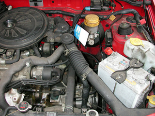 Blick unter die Motorhaube... - Auto, Motor, Technik, Motorraum