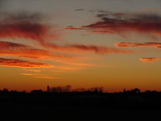 Sonnenuntergang bei Sankt Augustin - Sonnenuntergang, Rot, Orange, Wolken, Abendstimmumg, Schreibanlass