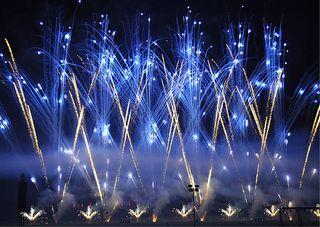 Pyronale # 1 - Pyronale, Feuerwerk, Rakete, Knall, Licht, Funken, bunt, hell, Silvester, Krach