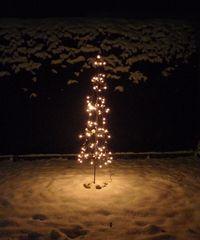 Weihnachtsbaum - modern - Weihnachten, Weihnachtsbaum, Christbaum, Christfest, Weihnachtsdeko, Lichter, Lichterkette, leuchten, Beleuchtung
