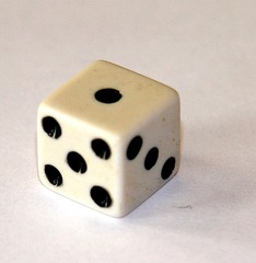 Spielwürfel - Spielwürfel, Würfel, Kubus, regelmäßiges Hexaeder, spielen