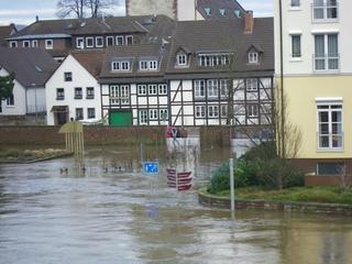 Hochwasser1 - Hochwasser, Weser, Überschwemmung, Spundwand