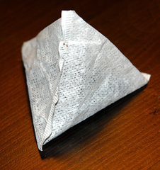 Teebeutel - Teebeutel, Kräutertee, Tee, Dreieck Pyramide, Tee-Aufguss, Körper, Tetraeder, Dreieckspyramide