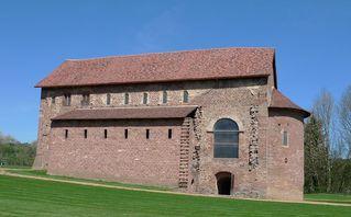 Einhardsbasilika #1 - Einhard, Basilika, Karolingerzeit, Kirchenbau, karolingische Baukunst
