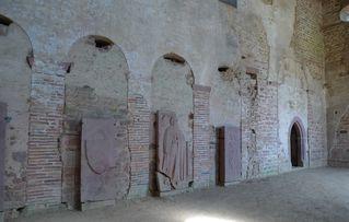 Einhardsbasilika #5 - Einhard, Basilika, Karolingerzeit, Kirchenbau, karolingische Baukunst, Grabplatten, Grabdenkmal