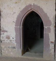 Einhardsbasilika #8 - Einhard, Basilika, Karolingerzeit, Kirchenbau, karolingische Baukunst, Spitzbogen