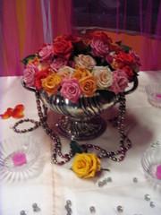 Tischdeko *indisch*#3 - Tischdekoration, indisch, Organza, Glaskugeln, Rosen, Rosenschale, Blüten