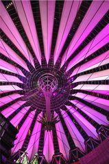 Lichtspiele # 1 - Licht, Nacht, leuchten, hell, dunkel, Kontrast, Berlin, Sony, Potsdamer Platz