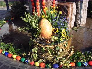 Osterbrunnen #2 - Ostern, Osterbrunnen, Osterbrauch, Osterschmuck, Schmuck, Brauch, Brunnen, schmücken, Ostereier, bunt, Brauchtum
