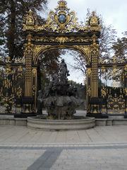 Nancy Place Stanislas - Frankreich, Nancy, Place Stanislas, Fontaine Neptune, Neptunbrunnen, Brunnen, Platz