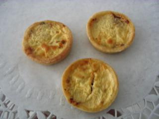 Miniquiche #3 - Miniquiche, Quiche, Tarte, Kuchen, flach, rund, Mürbteig, Fingerfood, drei