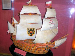 Marzipan #3 - Marzipan, Mandelmasse, süß, Dessert, Skulptur, Kogge, Schiff, Segel, Segelschiff, alt, Kanonen, Kriegsschiff, Lübeck
