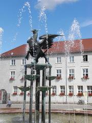 Anklam Marktplatz#2 - Anklam, Marktplatz, Rathaus, Brunnen