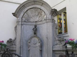 Manneken Pis#1 - Manneken Pis, Brunnen, Brüssel, Belgien, Wahrzeichen, Broncestatue, Figur, Skulptur, Bruxelles, Hieronimus Duquesnoy, Bronze, Petit Julien, Brunnenfigur