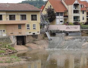 Wehr2 - Fluss, Fulda, Wehr, Aufstauung, Wasser, Wasserkraftwerk, Schleusse, Strom, Stromerzeugung, regenerative Energie