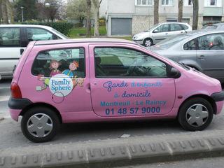 Garde d'enfants à domicile - Frankreich, civilisation, Auto, voiture, Kinderbetreuung, garde d'enfants, domicile