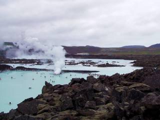 Blaue Lagune in Island#1 - Lagune, Island, blau, blau-weiß, Geothermalgebiet, Geothermalkraftwerk, Lavafeld, See, Lavasee, Salzsee, Salzwassersee, Thermalbad, Thermalfreibad, Kieselalgen