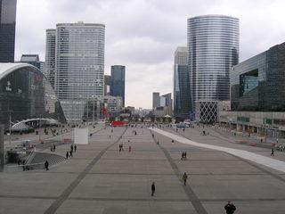 La Défense #2 - Frankreich, Paris, La Défense, quartier, Viertel, Hochhaus, tour, Triumphbogen, Arc de Triomphe, axe historique