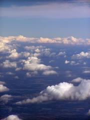 Über den Wolken - Flugzeug, Land, Wolken, sehen, Aussicht