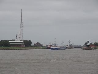 Kanal - Schleuse, Kanal, Elbe, Brunsbüttel, Kiel-Kanal, Kielkanal, Nord-Ostsee-Kanal, Schiffahrtsweg