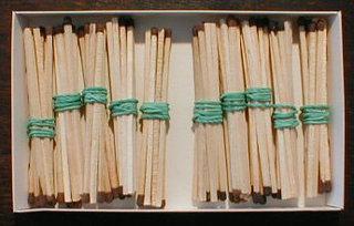 Bündelungen mit Streichhölzern  02 - Zehner, Hunderter, Bündel, Bündelung, Streichhölzer, zählen, Stellenwert