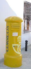 Spanischer Briefkasten - buzón #2 - Post, Brief, Briefkasten, buzón, correos, Gelb, Säule