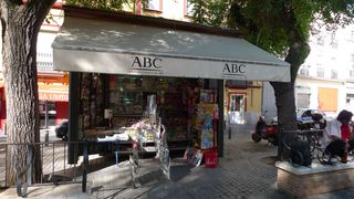 Zeitungsstand in Spanien - quiosco periódicos - Kiosk, Zeitung, quioscoo, periódico, Zeitungsstand