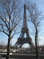 La Tour Eiffel - Frankreich, civilisation, Paris, Eiffelturm, Tour Eiffel, Eiffel, Architektur, Bauwerk, Turm, Weltausstellung, Stahl, Stahlfachwerkturm, Sehenswürdigkeit, Wahrzeichen, Symbol, hoch