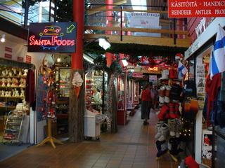 Weihnachtsmarkt - Weihnachtsmarkt, Weihnachten, Musik, Schmuck, Geschenke, Souvenirs, Nordfinnland, Finnland, Polarkreis, einkaufen, Kaufhaus