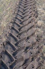 Traktorspuren - Traktor, Spuren, Profil, Spur, Abdruck, Reibung