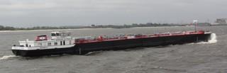 Tanker - Tanker, Tankschiff, Schiffstyp, Transport, Elbe, Öl, Rohöl, Erdöl, Schiff, Gefahrgut