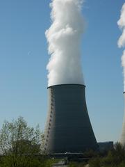 Kernkraftwerk Belleville#2 - Kernkraftwerk, centrale nucléaire, Belleville, Frankreich, Loire, Atomkraft, Kühlturm, Wasserdampf, Kraftwerk, Radioaktivität, Elektrizität, Kernspaltung, Nuklearenergie, Kernenergie, Stromgewinnung, Physik, Französisch