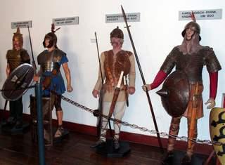 Ritter - Krieger - Legionäre #2 - Ritter, Krieger, Legionär, Galerie, Krieg, Ausrüstung, kämpfen, Waffen, bewaffnet, Helm, Schild, Schwert