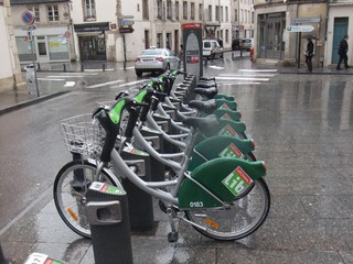 Vélib in Nancy - Verkehr, Paris, Frankreich, Nancy, Fahrrad, Leihfahrrad, vélo, Fahrradstation, Landeskunde, Umweltschutz
