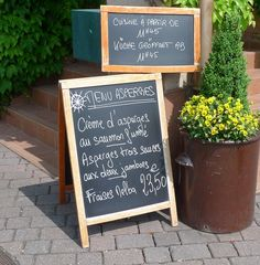Menue-Tafel für Spargelessen - menu, asperges, crème