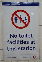 Hinweisschild in der  U-Bahn 06 - sign, English, tube, underground