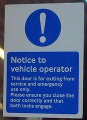 Hinweisschild in der  U-Bahn 05 - sign, English, tube, underground