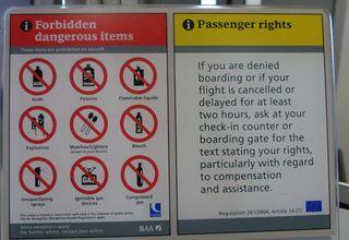 Hinweissschild 02 - sign, airport, boarding, check in, forbidden items, passenger right