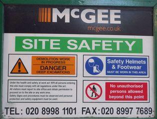 Hinweissschild zur Sicherheit 03 - sign, English, safety