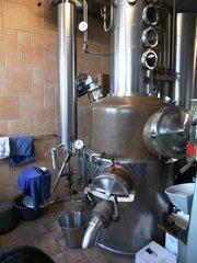 Destillation #1 - Destillieren, Destillationsapparat, Trennverfahren, Trennmethode, Sieden, Verdampfen, Abkühlen, Kondensieren, Schnaps, Schnapsbrennen, Gemenge