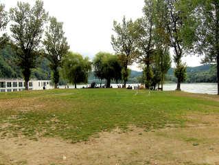 Passau - die Dreiflüssestadt #3 - Passau, Donau, Inn, Fluss, Flüsse, Nebenfluss, Mündung, Einmündung, einmünden, Zufluss, münden, fließen, Landzunge, Schiff, Kreuzfahrt