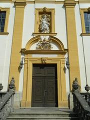 Schutzengelkirche Gaukönigshofen#2 - Schutzengelkirche, Gaukönigshofen, Kirche, Rokoko, Eingang, Tür, Eingangsportal, Fassade, Portal